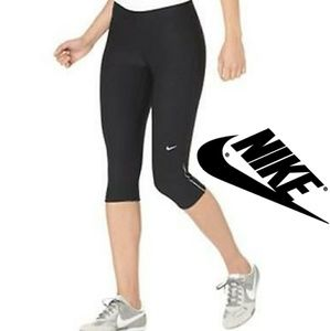 💖 Nike Dri Fit Crop Leggings 💖
